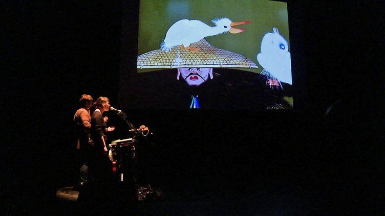 Ciné-concert des contes chinois par le duo bocage, présenté en public pour les écoliers de Mende (Lozère) (France 3 Occitanie)