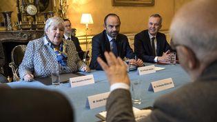 La ministre de la Cohésion des territoires, Jacqueline Gourault, et le Premier ministre, Edouard Philippe, le 29 novembre 2018, à Matignon, àParis. (CHRISTOPHE ARCHAMBAULT / AFP)