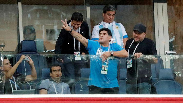 Diego Maradona dans le stade de Saint-Pétersbourg (Russie) le 26 juin 2018. (TORU HANAI / REUTERS)