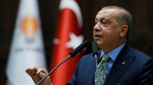 Le président turc, Recep Tayyip Erdogan, lors d'une allocution aux parlementaires de son parti, le 23 octobre 2018. (TURKISH PRESIDENCY / MURAT CETIN / ANADOLU AGENCY / AFP)