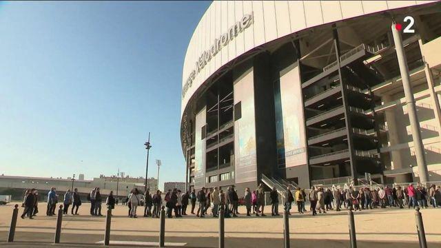 Covid-19 : à Marseille, le succès du vaccinodrome du Stade Vélodrome