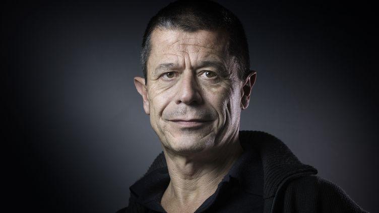 Emmanuel Carrère, écrivain français, en 2016. (JOEL SAGET / AFP)