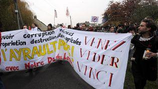 Manifestation des opposants à un projet de construction d'un aéroport international, le 17 novembre 2012 à Notre-Dame- des Landes (Loire-Atlantique). (JEAN-FRANCOIS MONIER / AFP)