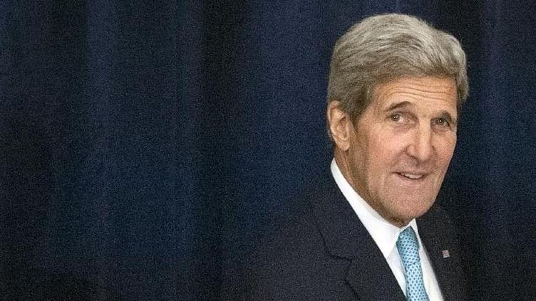 """(Le secrétaire d'Etat John Kerry a expliqué pour les USA ont """"changé"""" d'avis sur Bachar al-Assad © REUTERS / Stéphanie Keith)"""