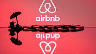 Une famille néo-zélandaisea découvert une caméra cachée dans son logement Airbnb, à Cork, en Irlande, le 3 mars 2019. (JOEL SAGET / AFP)