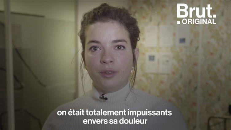 """VIDEO. Fin de vie : """"Elle est coincée dans un corps de douleur"""" (BRUT)"""