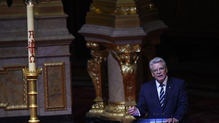 Le président allemandJoachim Gauck, à Berlin,lors d'une cérémonie religieuse à Berlin, la veilledes commémorations officielles du centenaire des massacres, qui ont eu lieu entre 1915 et 1917. (TOBIAS SCHWARZ / AFP)
