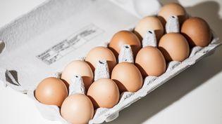 """""""Un lot de 48 000 œufs a pu être acheté par les consommateurs"""", a annoncé le ministre de l'Agriculture, vendredi 11 août. (KEVIN VAN DEN PANHUYZEN / NURPHOTO / AFP)"""