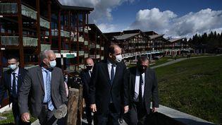 Le Premier ministre, Jean Castex, à la station de ski des Arcs (Savoie), jeudi 27 mai. (JEFF PACHOUD / AFP)