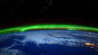 Capture d'écran de la Nasa montrant des auroresboréales, images diffusées le 17 avril 2016 (NASA / YOUTUBE)