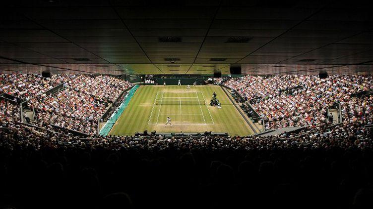 Vue sur le court en gazon de Wimbledon