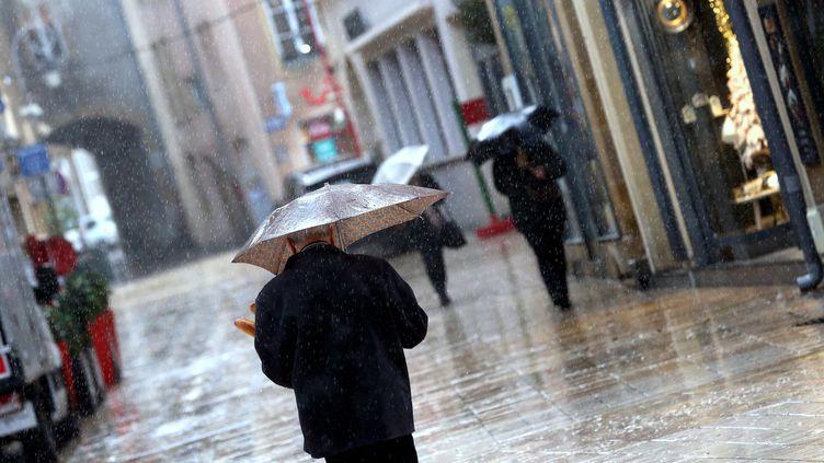 Sept départements de l'Est de la France ont été placés en alerte orange pluies et inondations, dimanche 28 juillet 2019. (MAXPPP)