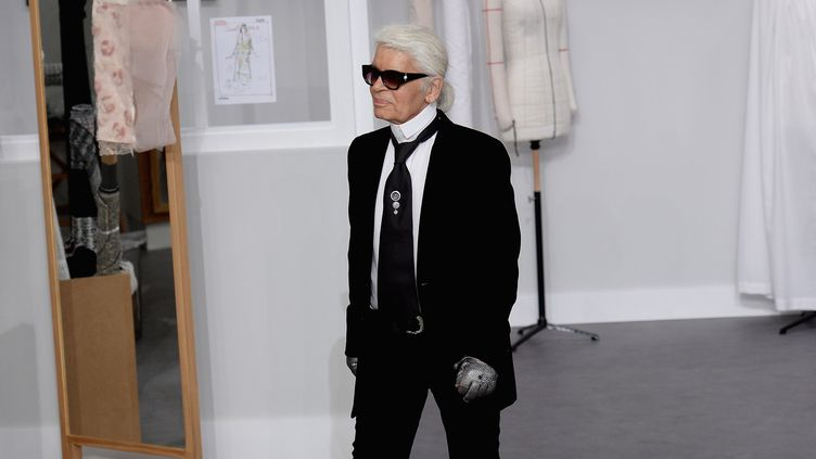 Karl Lagerfeld au défilé Chanel haute couture ah 2016-17, à Paris  (GettyImages)