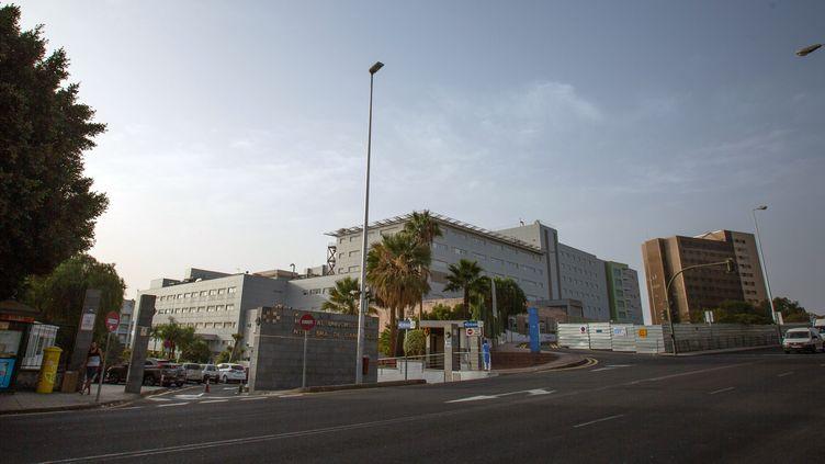 L'hôpital universitaireNuestra Senora de Candelaria, à Santa Cruz de Tenerife (Espagne), où un Italien testé positif au coronavirus Covid-19 est hospitalisé, le 25 février 2020. (DESIREE MARTIN / AFP)