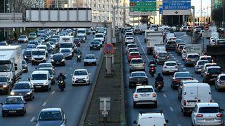 Des embouteillages sur les périphérique parisien, le 20 décembre 2019. (BERTRAND GUAY / AFP)