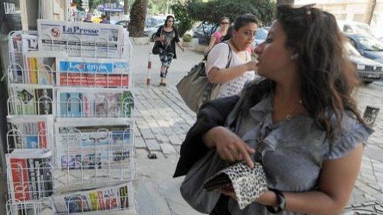 La vente de journaux dans une rue de Tunis (17-9-2013) (AFP - Fethi Belaid)