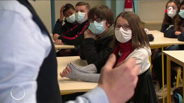 Collèges et lycées : une rentrée des classes en présentiel très surveillée