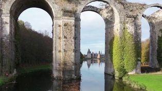 Château de Maintenon :à la découverte du canal de Louis XIV (France 3)