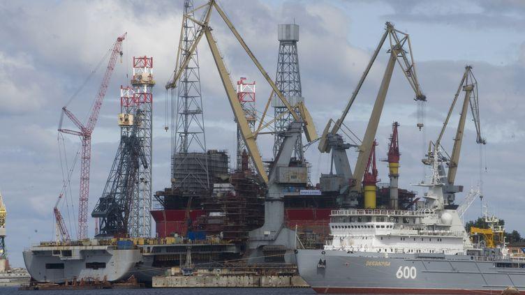 Le port deSeverodvinsk, dans le nord de la Russie, le 2 juillet 2009. (SERGEY GUNEEV / SPUTNIK / AFP)