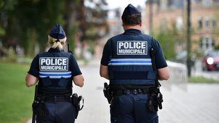Des policiers municipaux, le 3 mai 2018 à Valenciennes (Nord). (MAXPPP)
