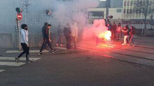 Quelques débordements avaient déjà eu lieu deux jours auparavant, à Rouen, lors d'une précédente manifestation en soutien à Théo. (FRANCE BLEU HAUTE NORMANDIE)