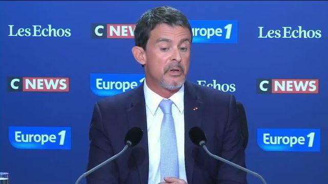 """Manuel Valls a estimé dimanche que ce n'était pas à la France """"d'aller chercher"""" ses ressortissants ayant rejoint l'organisation Etat islamique en Syrie. L'ancien Premier ministre était l'invité du """"Grand rendez-vous Europe 1/CNEWS/Les Echos""""."""