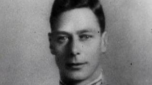 Le 6 février 1952, le Royaume-Uni a appris la mort du roi George VI, père de la reine Elisabeth II. Il reste dans la mémoire des Britanniques un grand monarque. (France 2)