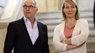 Frank McCourt et Margarita Louis-Dreyfus posent après une conférence de presse à la mairie de Marseille (Bouches-du-Rhône), le 29 août 2016. (MAXPPP)