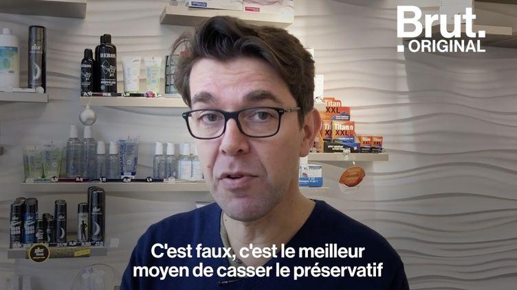 VIDEO. Trois choses à savoir sur les préservatifs (BRUT)