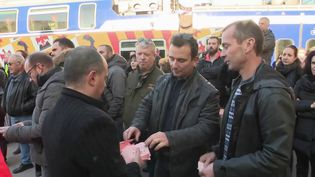Grève du 9 décembre : des grévistes de la SNCF déterminés à Nice (CAPTURE D'ÉCRAN FRANCE 2)