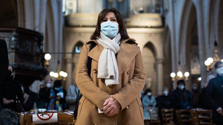 La maire socialiste de Paris, Anne Hidalgo, le 4 avril 2021 à l'église Saint-Germain-l'Auxerrois, à Paris. (MAXPPP)