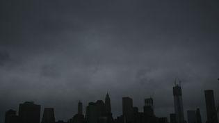 Des millions d'habitants n'ont pas pu aller travailler, les tribunaux et les écoles étaient fermés, et New York, est d'une tranquillité étonnante.La ville de New York devrait être frappée par l'ouragan lundi en fin de journée. (SPENCER PLATT / GETTY IMAGES NORTH AMERICA / AFP)