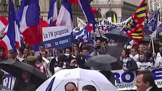 FN : Jean-Marie Le Pen à l'écart du défilé du 1er-Mai