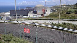 La centrale nucléaire de Flamanville (Manche), photographiée le 30 août 2016. (MARC OLLIVIER / MAXPPP)