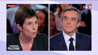 """L'écrivaine Christine Angot face à François Fillon sur le plateau de """"L'Emission politique"""" de France 2, le 23 mars 2017. (FRANCE 2)"""