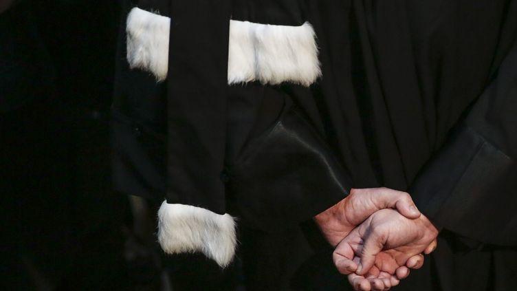 Une femme s'est déguisée en avocate lors de l'audience de son fils à Colmar (Haut-Rhin), le 3 juillet 2018. (MAXPPP)