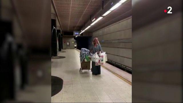 États-Unis : la soprano du métro