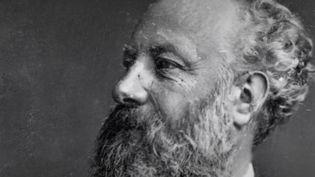 """Auteur de """"Vingt mille lieues sous les mers"""" et """"Le Tour du monde en quatre-vingts jours"""", Jules Verne est le plus grand inventeur de romans d'aventures. Portrait d'un visionnaire. (CAPTURE D'ÉCRAN FRANCE 2)"""