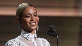 Beyoncé aux 58e Grammy Awards le 15 février 2016.  (KEVORK DJANSEZIAN / GETTY IMAGES NORTH AMERICA / AFP)