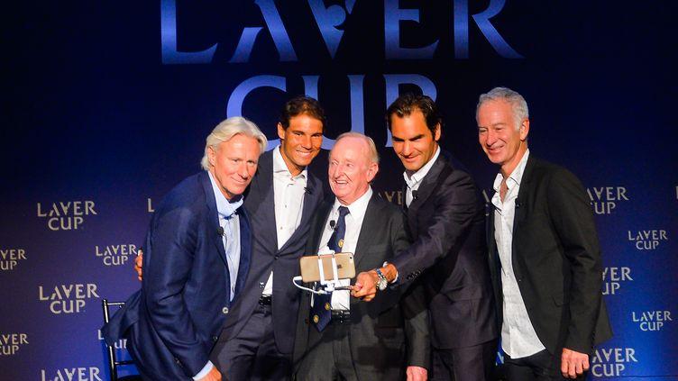 Bjorn Borg, Rafael Nadal, Rod Laver, Roger Federer et John McEnroe (de gauche à droite), le 24 août 2016, à New York. (ALEX GOODLETT / GETTY IMAGES NORTH AMERICA)