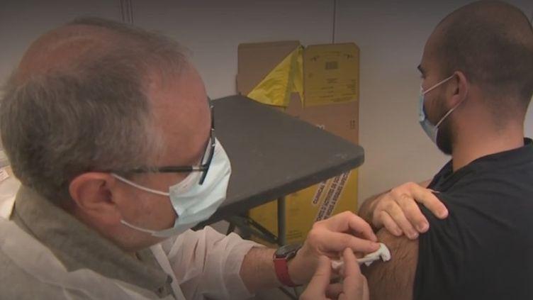 vaccin pour tous (FRANCEINFO)