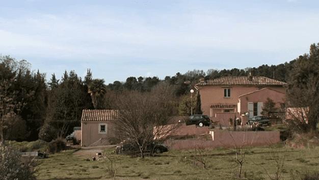 La Grand'Terre, l'ancienne ferme des Dominici  (France 3)