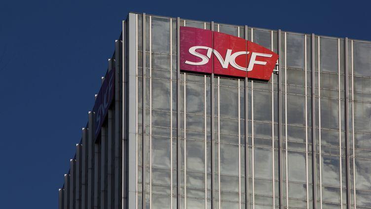 Le siège de la SNCF à Paris, le 15 octobre 2018. (MANUEL COHEN / AFP)