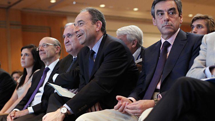 Les duel reste entre les candidatsl'ancien premier Ministre François Fillon et l'actuel secretaire général de l'UMP Jean-François Copé (THOMAS SAMSON / AFP)