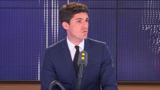 Aurélien Pradié, député Les Républicains du Lot, invité du 19h20 politique de franceinfo lundi 27 mai. (FRANCEINFO)