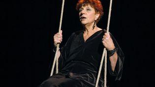 Anne Sylvestre, le 4 novembre 2003, à Paris. (STEPHANE DE SAKUTIN / AFP)