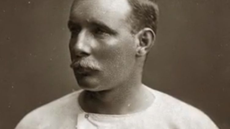 Matthew Webb est le premier a avoir traversé la Manche à la nage. (France 3)