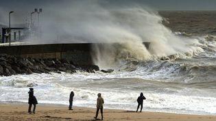 Une tempête sur la plage de Pornic (Loire-Atlantique), le 8 février 2016. (MAXPPP)