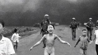 Cette image, prise lors de la guerre du Vietnam, fait partie de l'une des 100 photos de l'histoire (FRANCE 2)