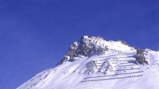 Une montagne à Tignes, en Savoie. (FRÉDÉRIC NEVOIT / BIOSPHOTO / AFP)